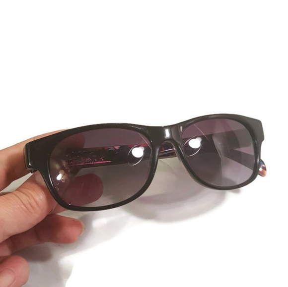 781ad2a4fab Love the Beatles Eyewear BYS007 Sunglasses VGUC. M 5b3b13bc7386bcc1d8a45355